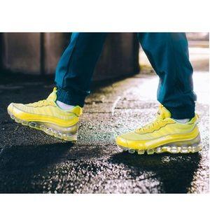 Adidas Microbounce T1 (Yellow/ Yellow)